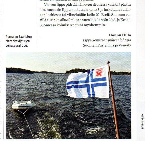 Pernajan saariston merenkävijät ry:n lippu Vene -lehden numerossa 3/2016, s. 85.